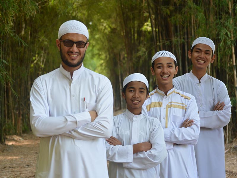 SMP Luqman al Hakim Islamic Boarding School Terbaik di Jawa Timur